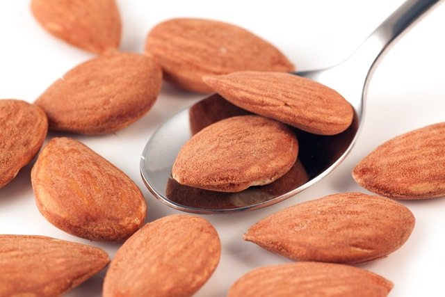 Almonds beat cashews to superfoods top spot