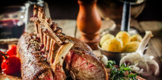 Co-op calls on competitors to back British meat