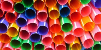 England bans plastic straws and drinks stirrers