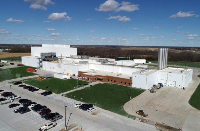 Aurora Organic Dairy launches new production plant
