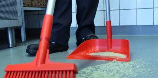 Vikan introduces new Upright Dustpan for faster debris pickup
