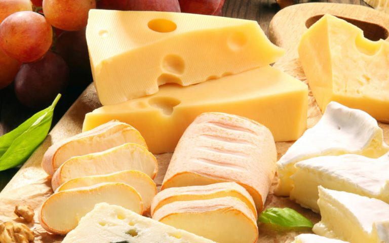 Public urged to support Britain's small cheesemakers