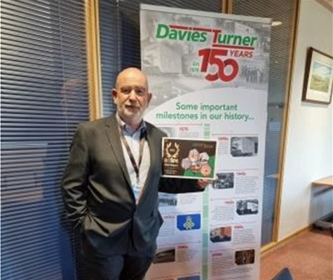 Davies Turner strikes gold for health and safety