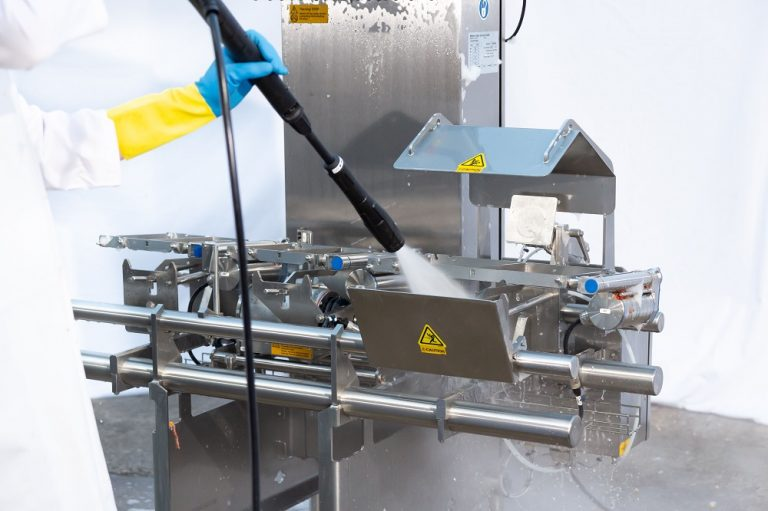 Mettler-Toledo's new combination checkweigher metal detection systems reduce cleaning downtime